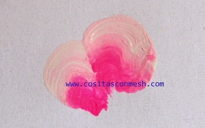 kak-narisovat-rozu-dlya-dekorirovaniya-yashhika-4