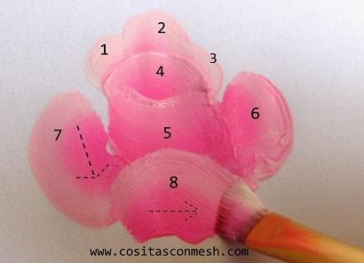kak-narisovat-rozu-dlya-dekorirovaniya-yashhika-9