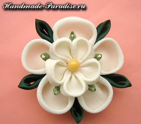 Цветочки канзаши из ткани (15)