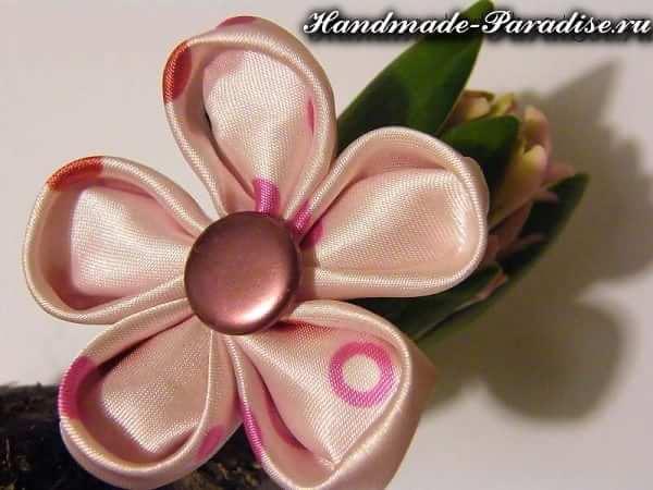 Цветочки канзаши из ткани (9)