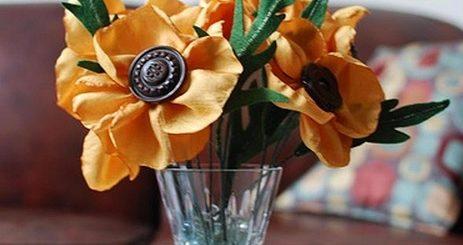 Цветы из синтетической ткани