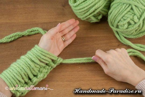 vyazanie na rukah 4 620x413 Вязание руками объемного шарфа