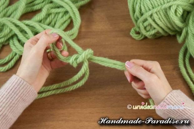 вязание руками объемного шарфа (4)