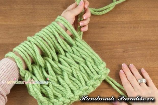 вязание руками объемного шарфа (7)