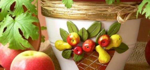 Декор пластиковых цветочных горшков своими руками