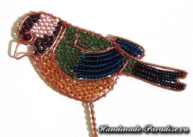 Птичка из проволоки и бисера (9)