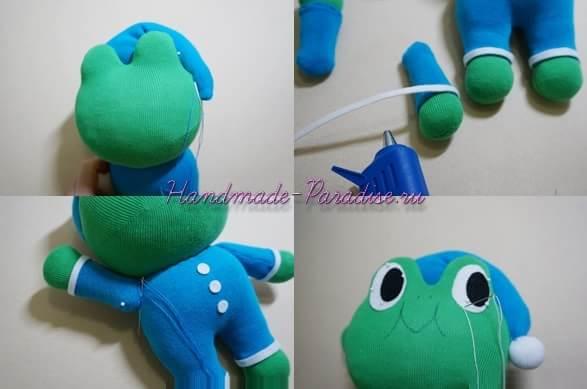 Лягушонок из носков (7)