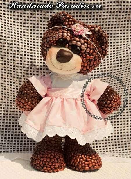 Медведи из папье-маше и кофейных зерен (5)