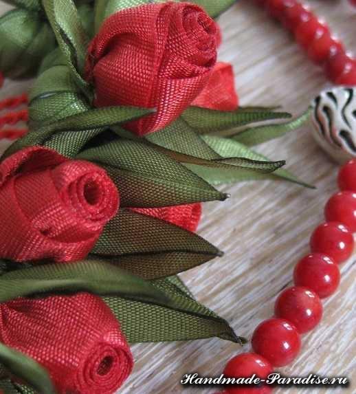 Миниатюрные цветы из ленточек и ткани (7)