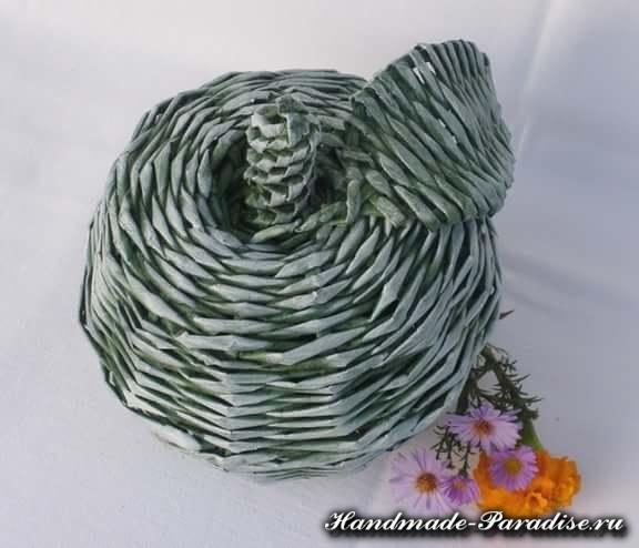 Плетение яблока из газетных трубочек (2)