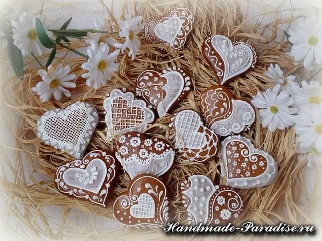 Пряники в форме сердца ко дню Святого Валентина