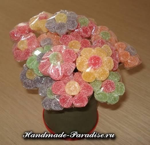 Сладкие букеты из мармеладок (15)