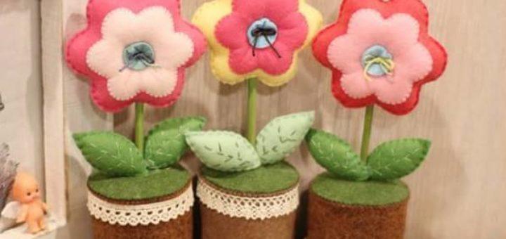 Цветочки в горшочке из фетра
