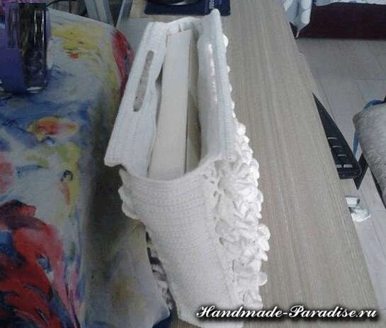 Вязание сумки объемными цветами (7)