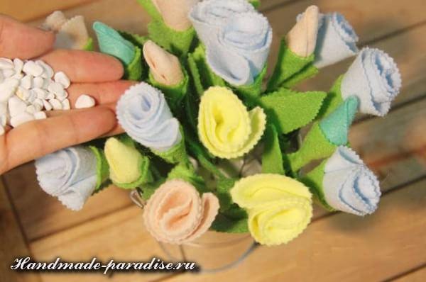 Букет цветов из фетра к 8 марта (7)