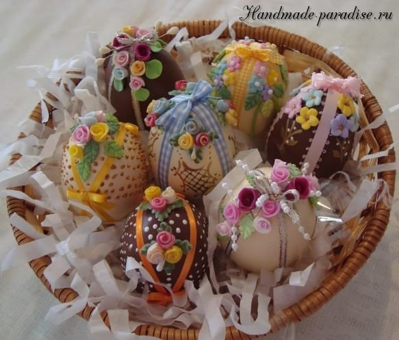 Dekor-pashalnyih-yaits-sladkimi-rozochka
