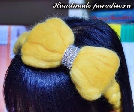Декорирование ободка для волос шерстью для валяния (14)