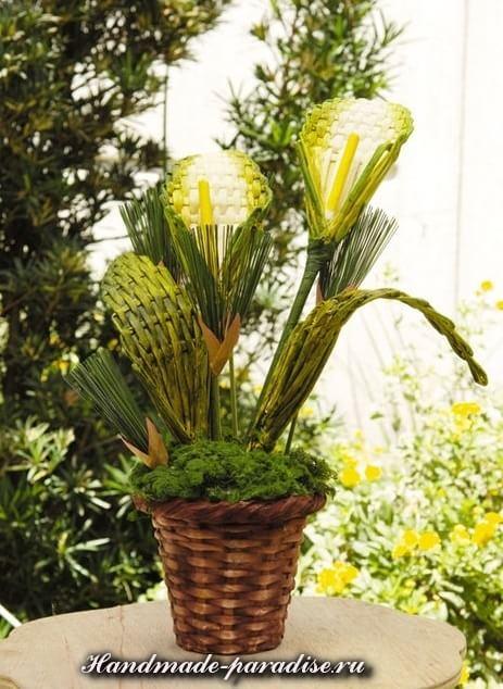 Букет цветов из газетных трубочек