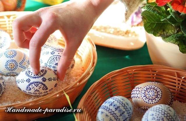 Роспись пасхальных яиц горячим воском (2)