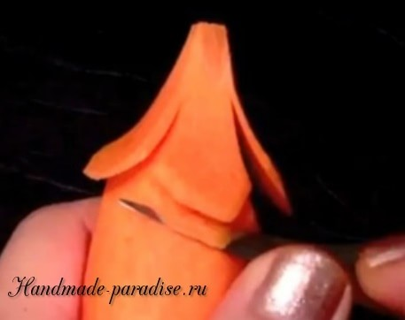 Цветы из морковки для праздничной сервировки стола (15)