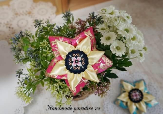 Цветы из лент в украшении заколки для волос (12)