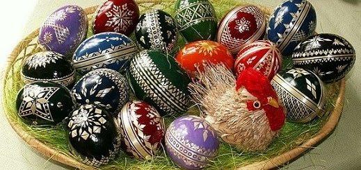 Декорирование пасхальных яиц соломкой