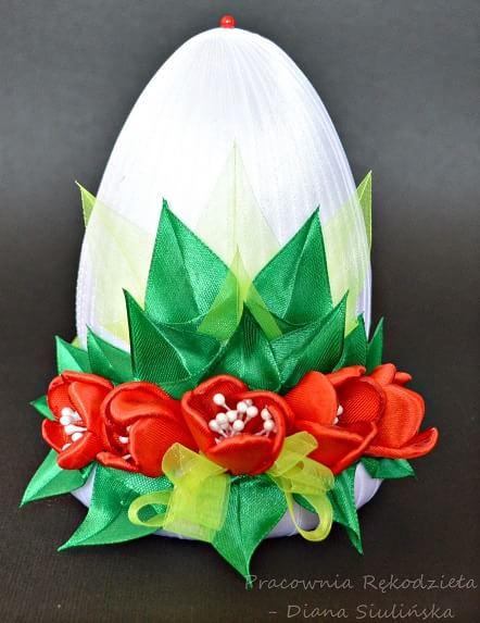 Пасхальные яйца с шелковыми тюльпанами (10)