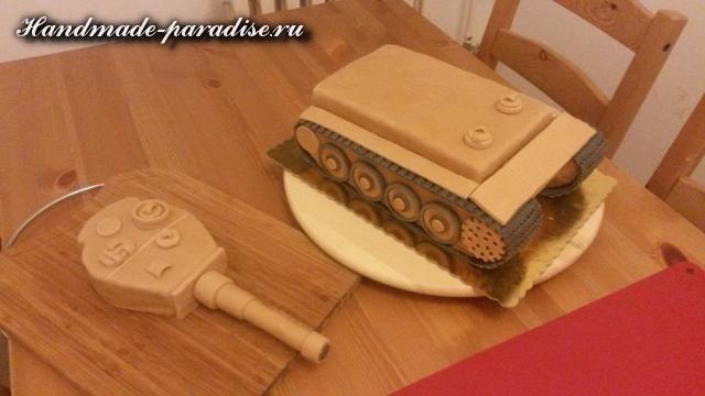 Танк - 3D торт из марципана (10)