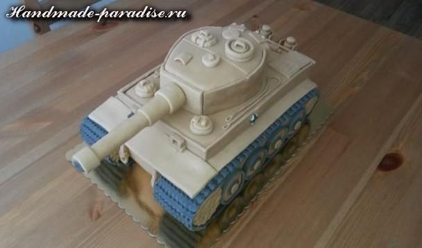 Танк - 3D торт из марципана (12)