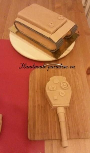 Танк - 3D торт из марципана (9)