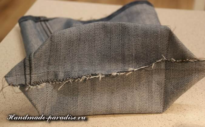 Как сшить сумочку-мешочек из джинсов (6)
