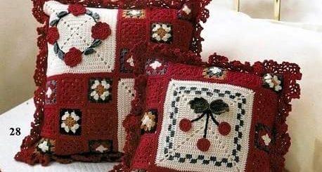 Плед, подушка и сумочки крючком