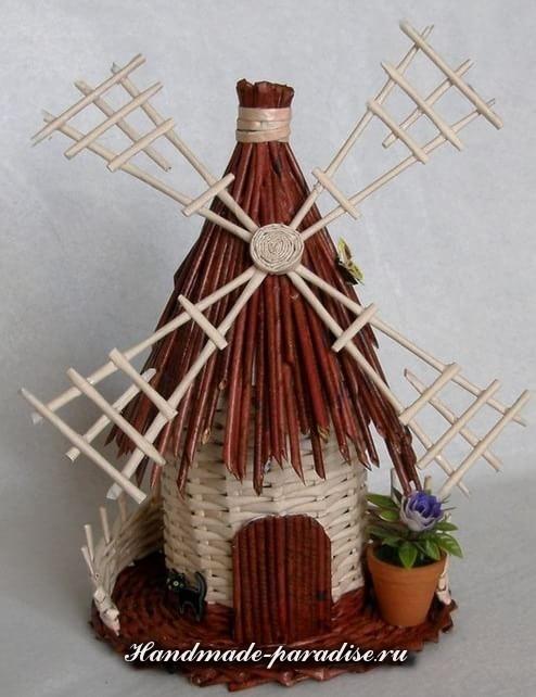 Плетение ветряной мельницы из газет (12)
