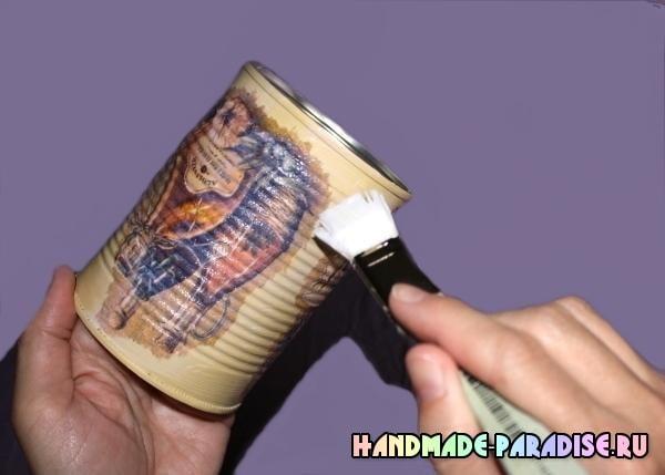 Декупаж железной банки (15)