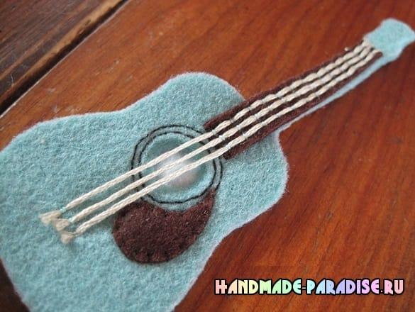 Как сшить гитару - сувенир из фетра (8)