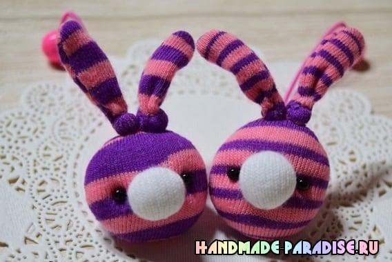 Кролики - детские резиночки из носков (7)