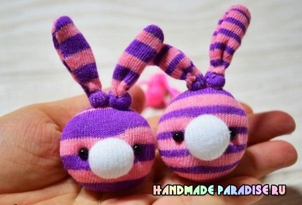 Кролики - детские резиночки из носков (9)