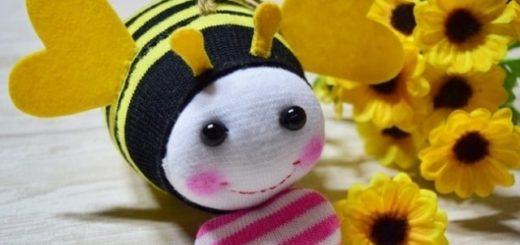 Пчелка из носочков. Мастер-класс
