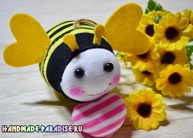 Пчелка из носочков. Мастер-класс (14)