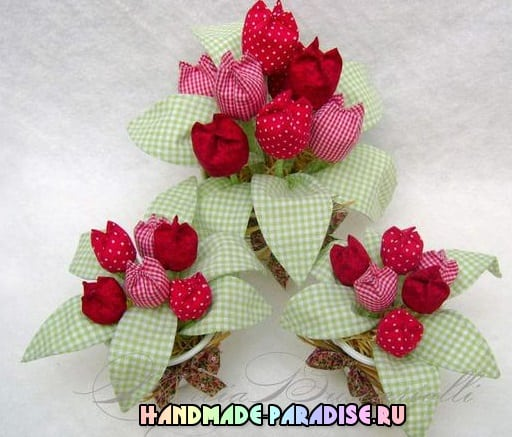 Тюльпаны из ткани и ваза из коробки (5)