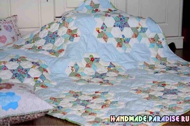 Лоскутное детское одеяло со звездочками (6)