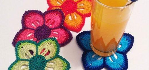 Подстаканники - цветы крючком