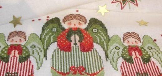 Вышивка рождественских ангелов на скатерти