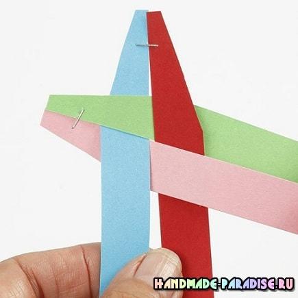 Как из полосок бумаги сплести шарик (3)