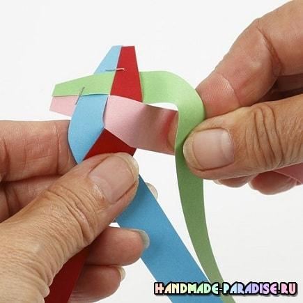 Как из полосок бумаги сплести шарик (5)
