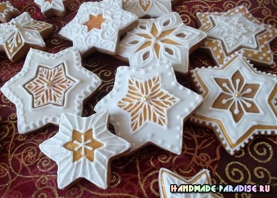 Новогодние пряники с росписью глазурью (6)