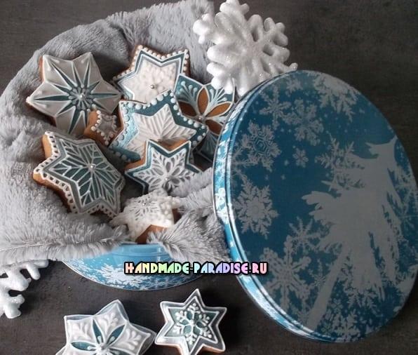 Новогодние пряники с росписью глазурью (8)