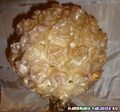 Розы из кальки с парафиновой обработкой (8)