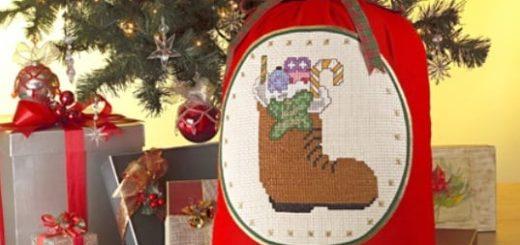Схемы вышивки для новогодних подарков