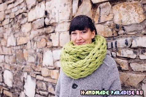 Объемный шарф. Вязание без спиц, на руках